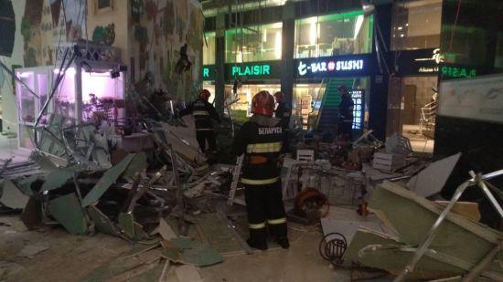 У Мінську в торговому центрі на голову відвідувачці обвалилася стеля