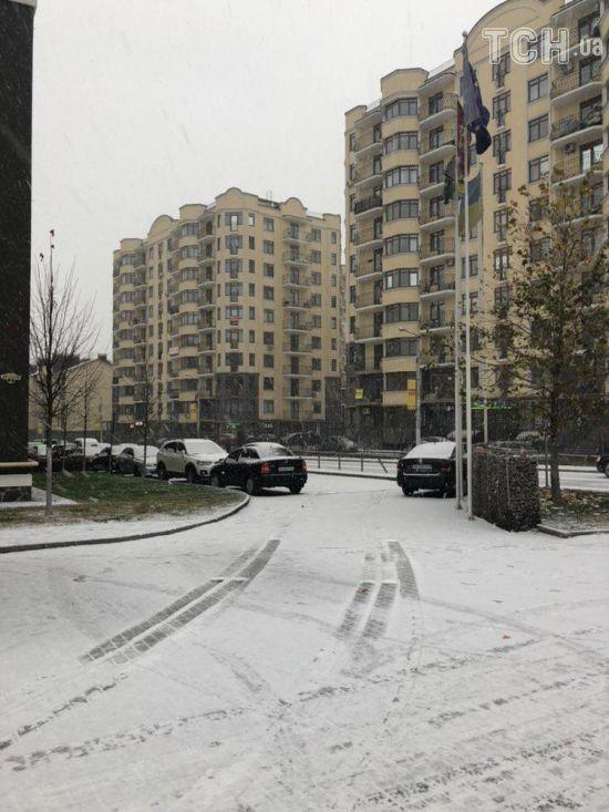У Києві та областірозпочався обіцяний синоптиками снігопад