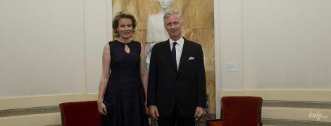 В кружевном вечернем платье: королева Матильда сходила на концерт