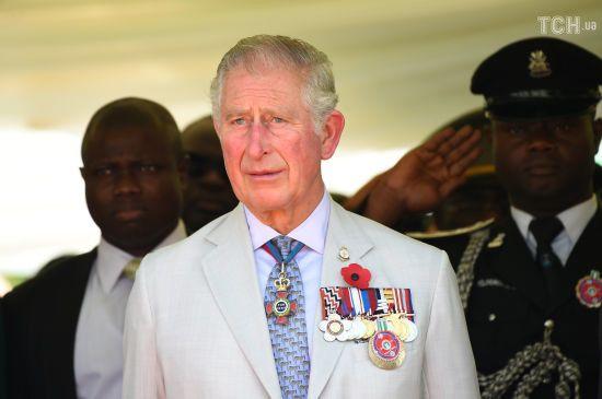 На честь 70-річчя принца Чарльза Кенсінгтонський палац оприлюднив рідкісні сімейні фото