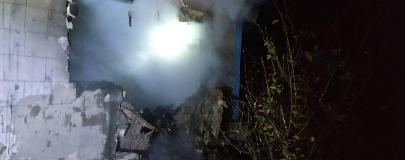 На Запорожье во время пожара в доме погибли трое детей