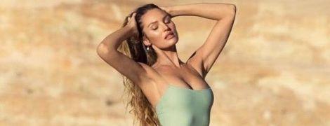 Она идеальная: Кэндис Свэйнпоул в купальниках блеснула стройной фигурой