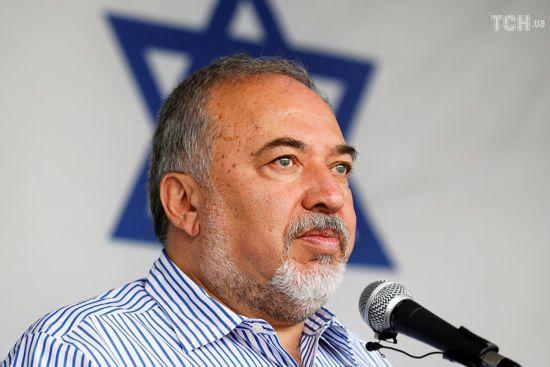 Після ухвалення крихкого перемир'я у Секторі Гази міністр оборони Ізраїлю оголосив про відставку
