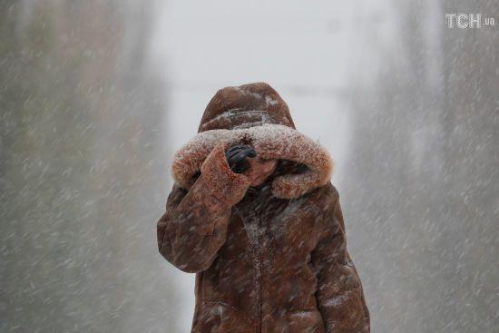 Дощ, сніг та ожеледиця. Синоптики попередили про погіршення погоди