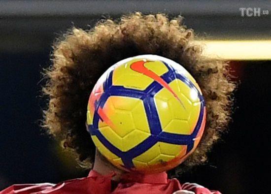 Один із найпатлатіших футболістів світу позбувся шевелюри