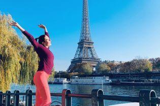 Теннисистка Костюк в обтягивающих лосинах побегала по Парижу