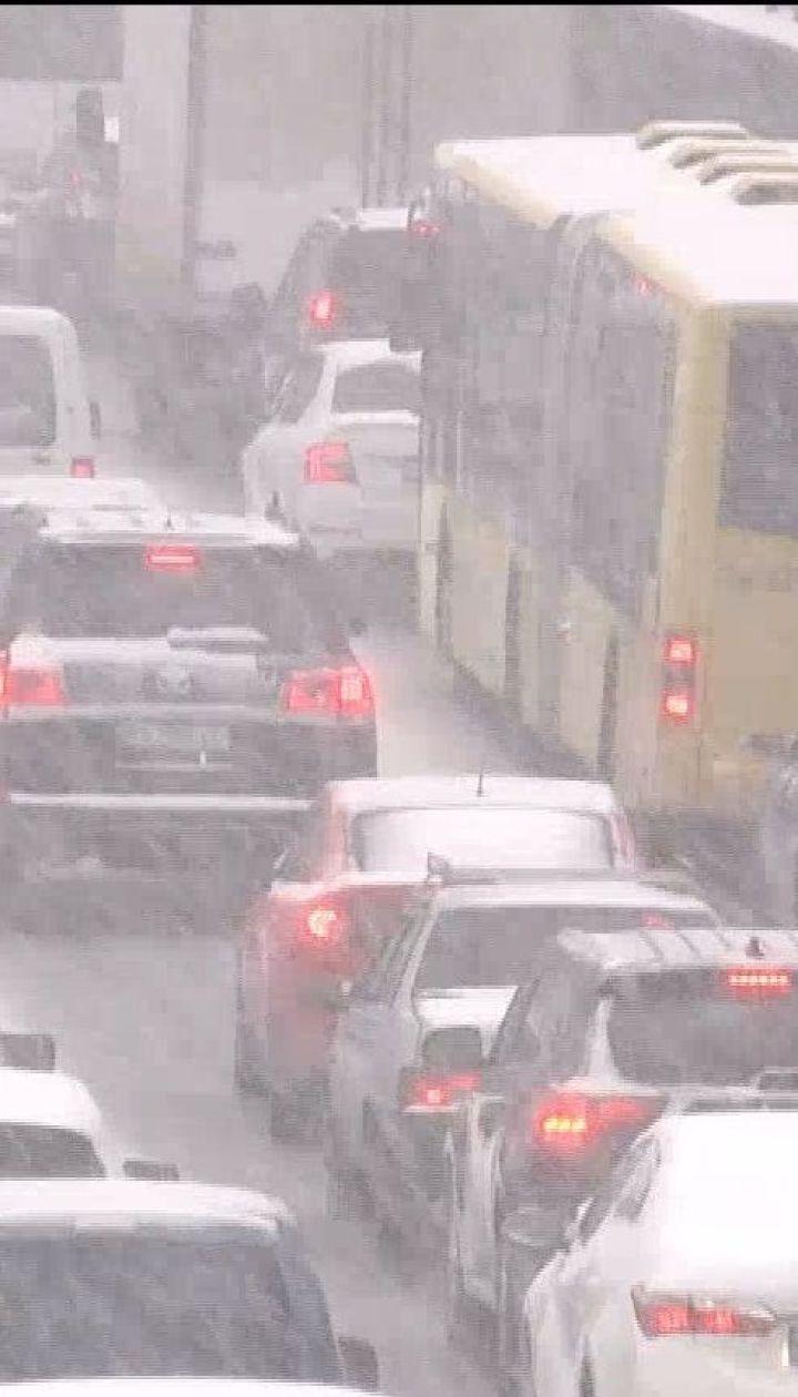 Почему водители проигнорировали прогноз погоды и не сменили летнюю резину на зимнюю