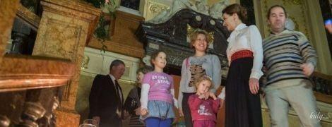 Блуза с бантом и алый пояс: эффектный выход Марины Порошенко