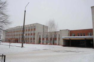 Разгруженные фуры и выкладка плитки. Студенты львовского училища шокировали рассказом об условиях обучения