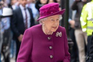 Как ей это удается: 92-летняя королева Елизавета II блистает после банкета, прошедшего вчера вечером во дворце