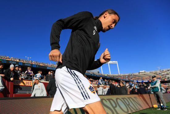 Ібрагімович показав навички кунг-фу, які допомогли йому забити 500 гол в кар'єрі
