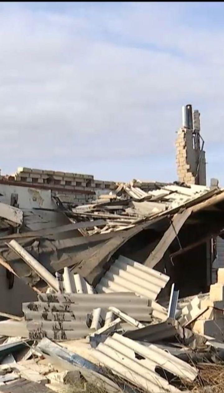 Вражеские минометы постепенно превращают Широкино на свалку руин