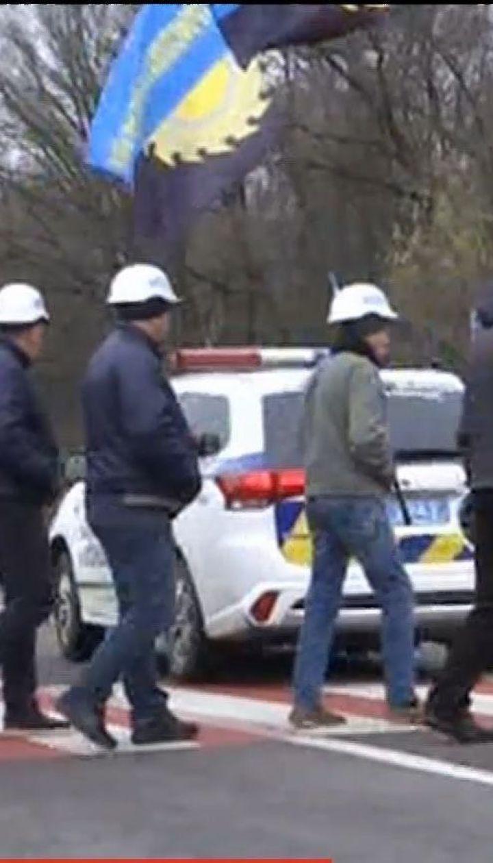 Шахтеры заблокировали въезд на пункт пропуска Рава-Русская, требуя выплаты долга по зарплате