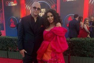 Роскошная Настя Каменских вместе с Потапом посетила престижную премию в Лас-Вегасе