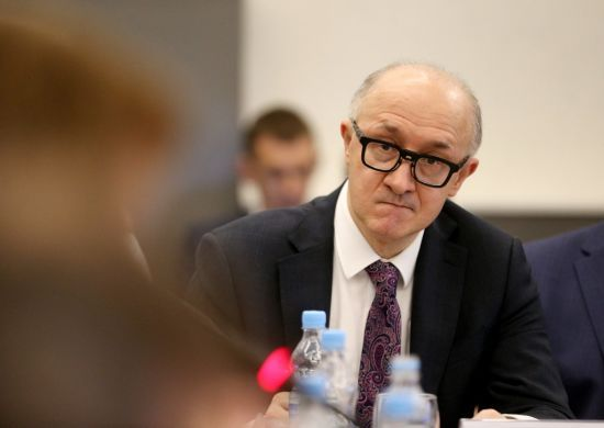 У Києві невідомі хлюпнули зеленкою в обличчя очільнику Вищої комісії суддів – ЗМІ