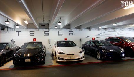 Маск будет ходить по заводом Tesla, чтобы рекордно увеличить производство Model 3