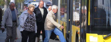 Транспортна революція в Тернополі. Містяни, перевізники і влада зійшлись у бою за вартість проїзду