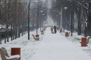 У передчутті крижаного подиху зиму: по засніженій Україні вдарять морози