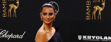 Елегантна, як завжди: Пенелопа Крус відвідала церемонію Bambi Awards – 2018
