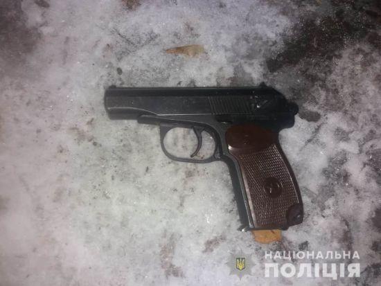 На Київщині чоловік випадково застрелив грабіжника магазину