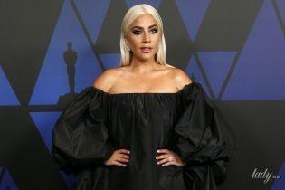 У сукні Valentino: незвично одягнена Леді Гага відвідала світський захід