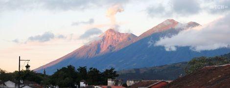 В Гватемале массовая эвакуация из-за вулкана Фуэго