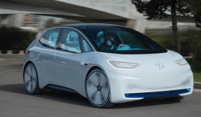 За два роки Volkswagen обіцяє створити 30 електрокарів та гібридів