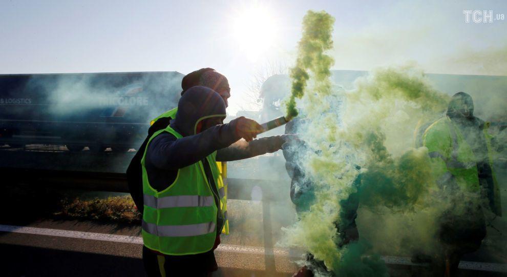 """У Франції під час """"дизельних протестів"""" травми отримали близько 400 людей"""