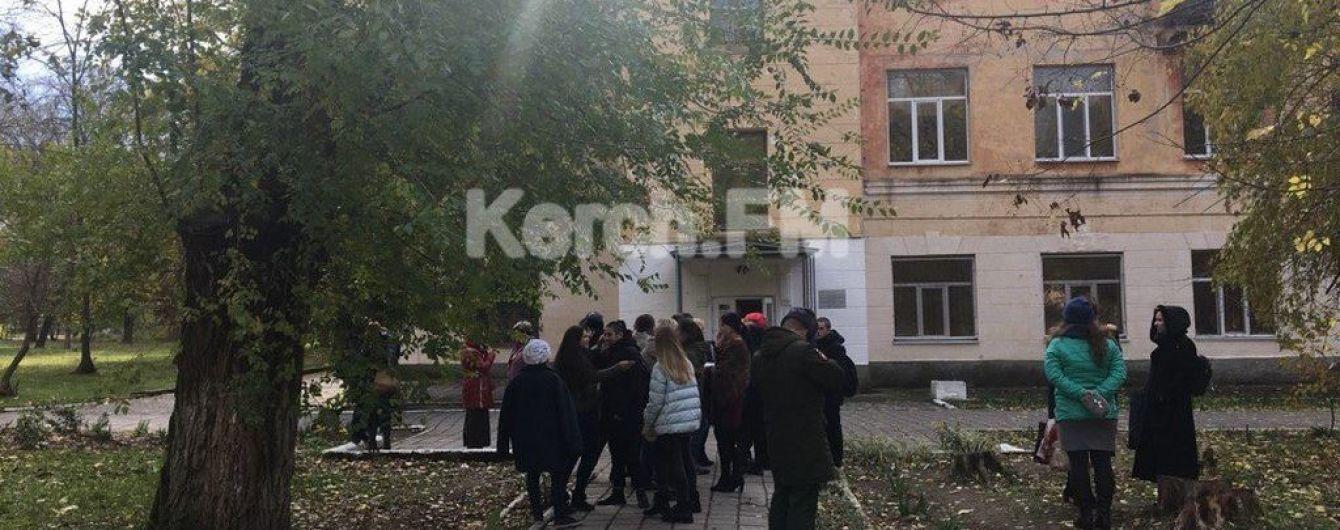 В Керчи из-за угрозы минирования эвакуировали колледж, где произошло массовое убийство студентов