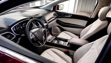 "Ford будет уничтожать запах ""нового салона"" в авто из-за китайцев"