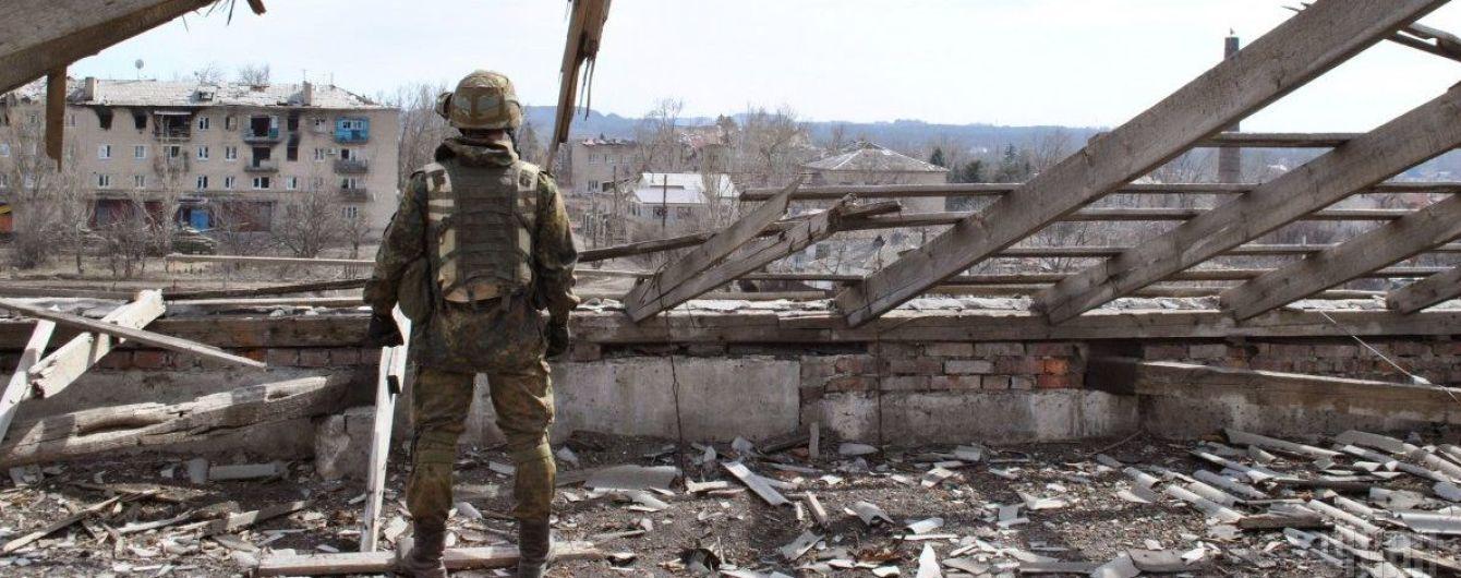 Террористы стреляют из запрещенного оружия, трое бойцов ООС ранены