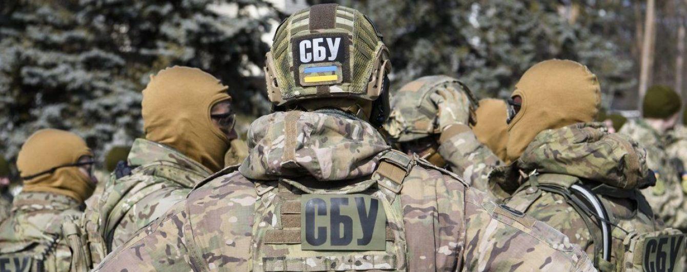 СБУ выдворила в Беларусь пророссийского пропагандиста, который публиковал материалы на сайтах боевиков