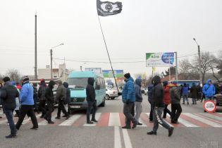 """""""Евробляхеры"""" второй день блокируют украинские магистрали: на каких дорогах затруднено движение"""
