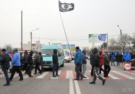 Поїли шашлик і роз'їхалися: траса Київ-Чоп повністю розблокована від євробляхерів