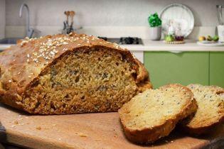 Бездрожжевой хлеб с маком и кунжутом