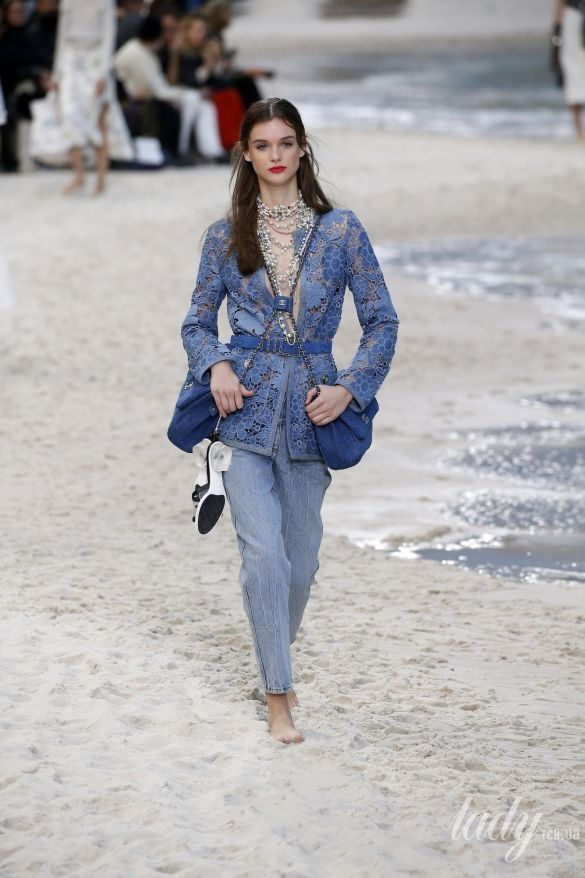 Коллекция Chanel прет-а-порте сезона весна-лето 2019_57