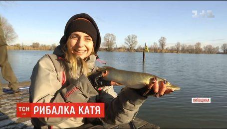 До всесвітнього дня рибальства ТСН розшукала незвичного рибалку