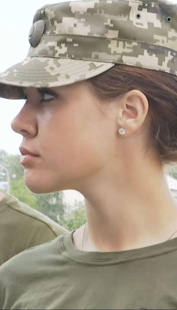 """Как женщины служат в десантно-штурмовых войсках - смотрите в спецпроекте ТСН """"Десант Нагорной"""""""