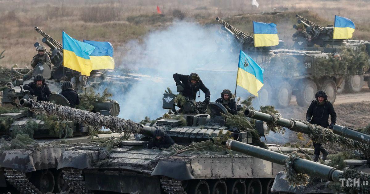 """""""Енота не трожь"""". Под Житомиром состоялись зрелищные военные учения украинского десанта"""