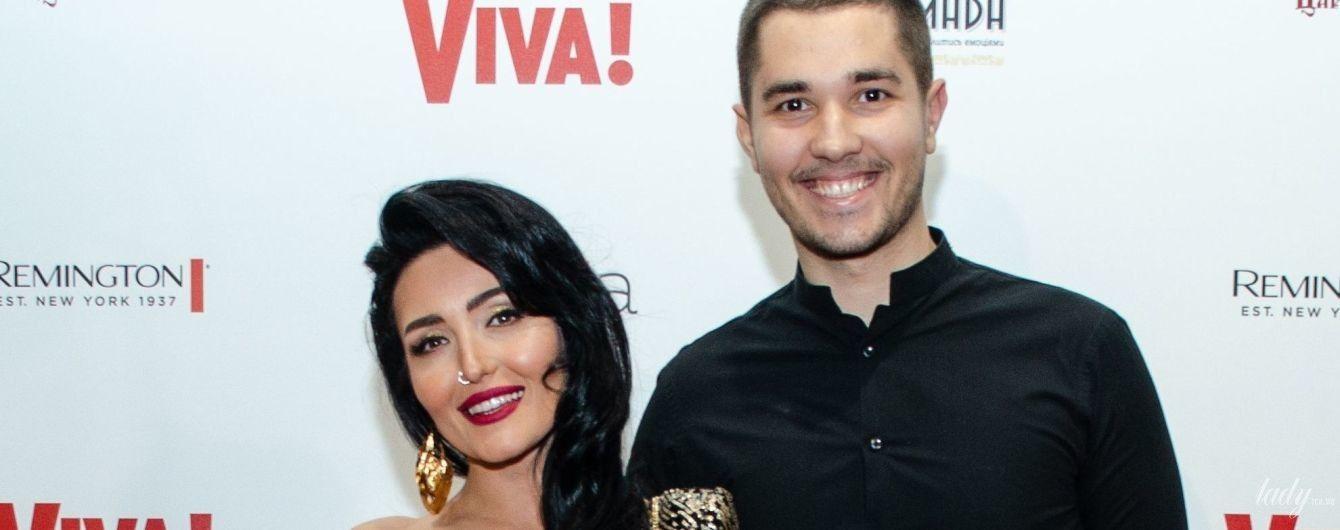 Эффектные образы звезд на Viva! Бал: Добрыднева в блестящем платье, Alyosha - в изумрудном, Витвицкая - со смелым декольте
