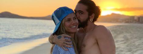 В объятиях любимого: Хайди Клум нежится на пляже с Томом Каулитцем