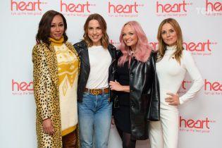 Смаглява Бекхем та ображені дівчата: Мел Бі показала не найкраще архівне фото Spice Girls