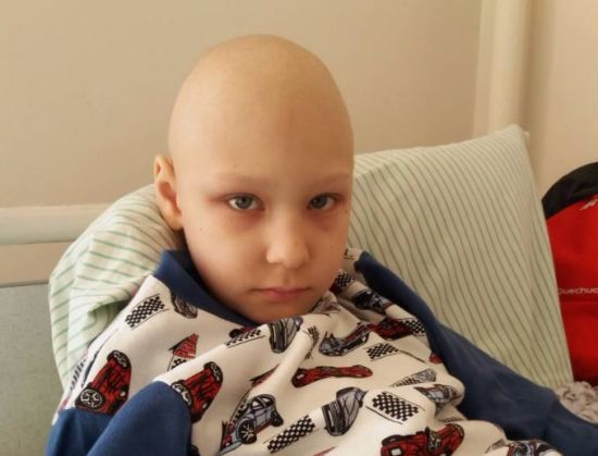 8-річному Дмитрику Бойку потрібна термінова допомога небайдужих