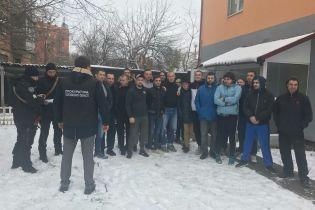 На Полтавщине из фейкового ребцентра освободили 20 человек – их держали за решеткой и наказывали голодом