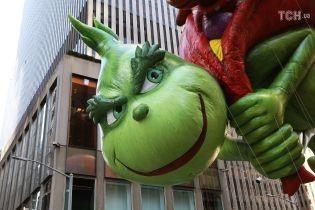 Миллионная толпа и гигантские шары. В Нью-Йорке проходит самый масштабный фестиваль ко Дню благодарения