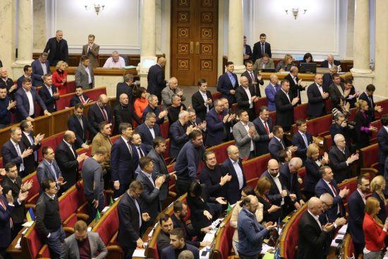 Комітет ВР підтримав проект закону щодо введення воєнного стану