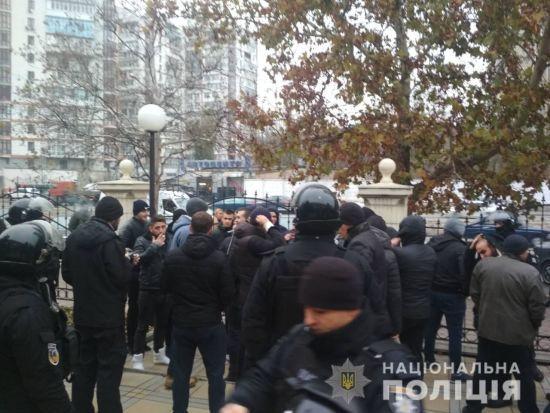 В Одесі у суді сталася масова бійка, поліція затримала 49 людей