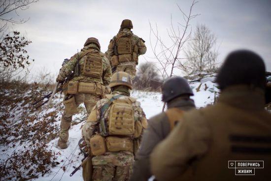 Міністр оборони підписав закон про підвищення зарплат військовим