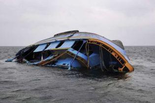 На озері Вікторія затонула яхта зі 122 людьми на борту