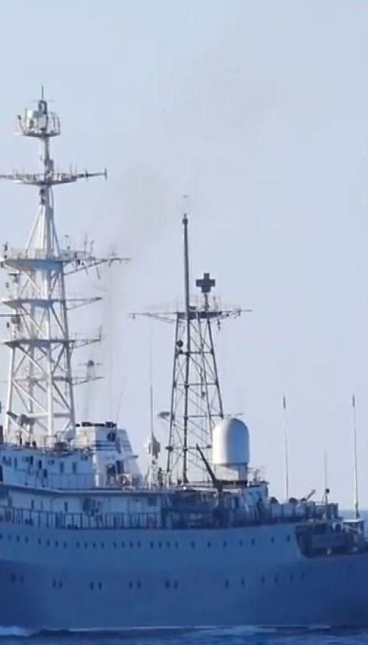 Росіяни відкрили вогонь по українських катерах біля Керченської протоки
